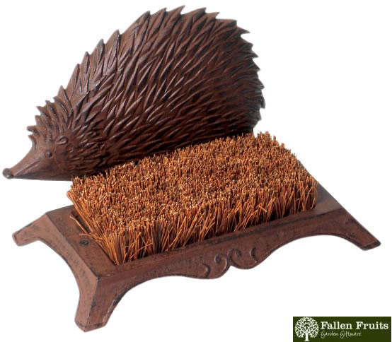 Cast Iron Hedgehog Boot Brush 163 15 99 Garden4less Uk Shop