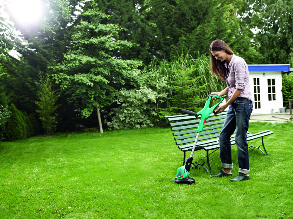 Bosch cordless line trimmer art 26 18 li for Gardening 4 less reviews