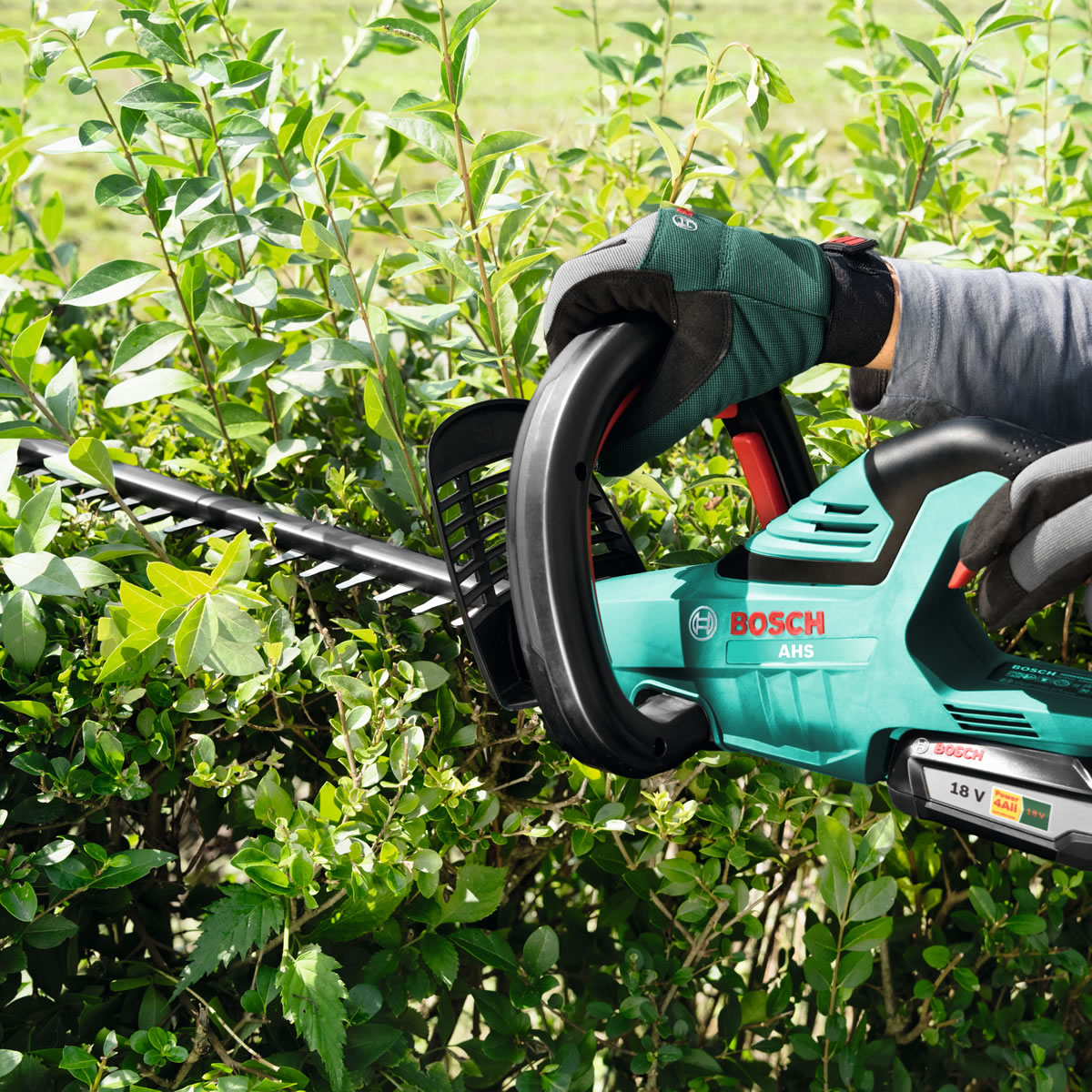 Extra image of Bosch AHS 55-20 Li Cordless Hedge Trimmer