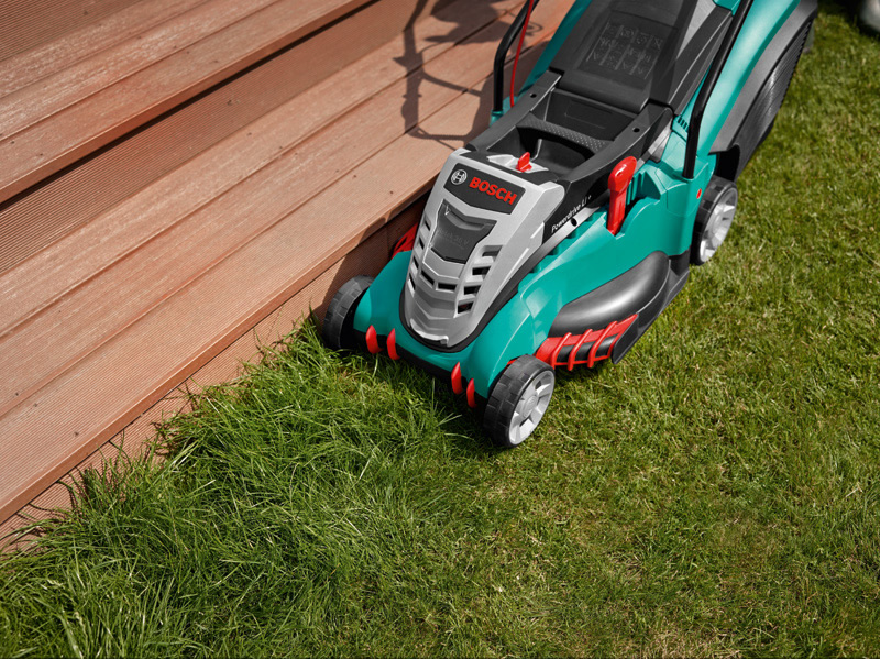 bosch cordless lawn mower rotak 43li ergoflex with free extra blade garden4less uk. Black Bedroom Furniture Sets. Home Design Ideas