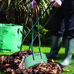 Small Image of Bosmere Long Handled Leaf Grab