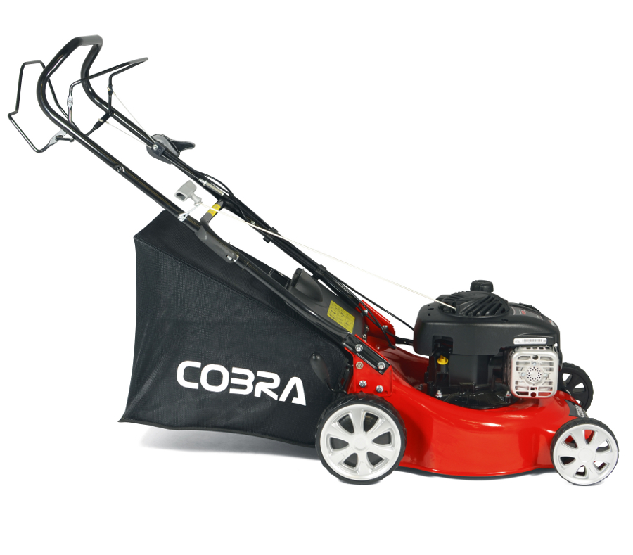 Extra image of Cobra 40cm Self Propelled Petrol Mower, Briggs and Stratton Engine
