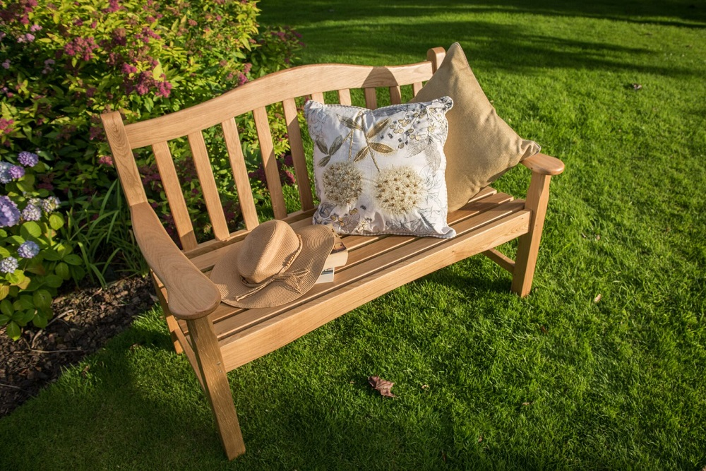 Extra image of Regal Oak 4ft Bench - 2 seater
