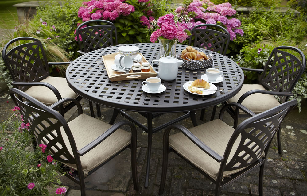 berkeley cast aluminium 6 seater round garden dining set 88825 garden4less uk shop - Garden Furniture 6