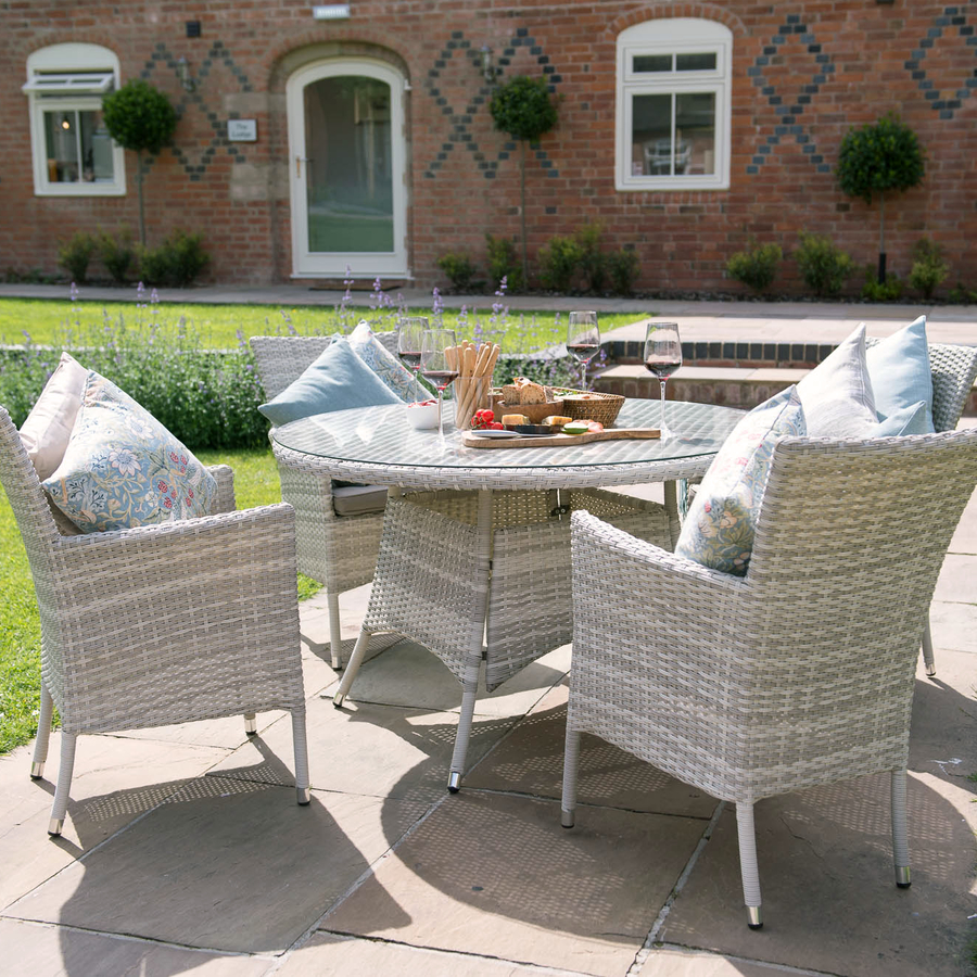 Cotswold Weave 4 Seater Furniture Set In Pebble / Taupe