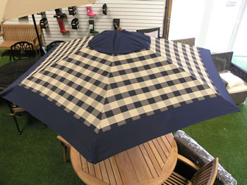 Image of Blue Check Hardwood Garden Parasol with Crank - 2.75m