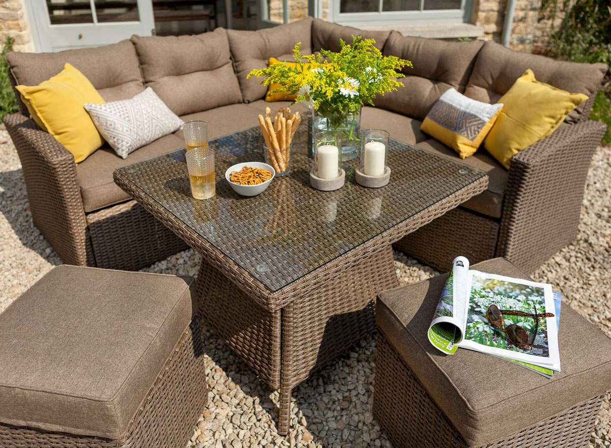 Hartman Madison Square Casual Dining Set In Sepia Henna