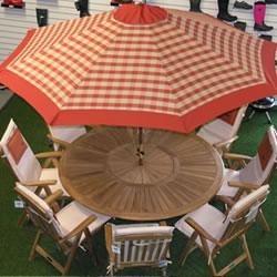 Small Image of Terracotta Check Hardwood Garden Parasol with Crank - 2.1m
