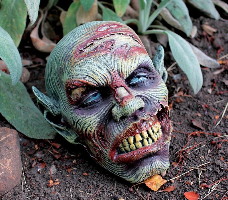 Lost Zombie Head Resin Garden Ornament By Design Toscano
