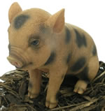 Pet Pals Sitting Micro Pig - Resin Garden Ornament