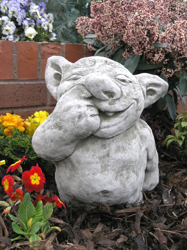 Nose Picker Gargoyle Stone Ornament Gg12 163 34 99