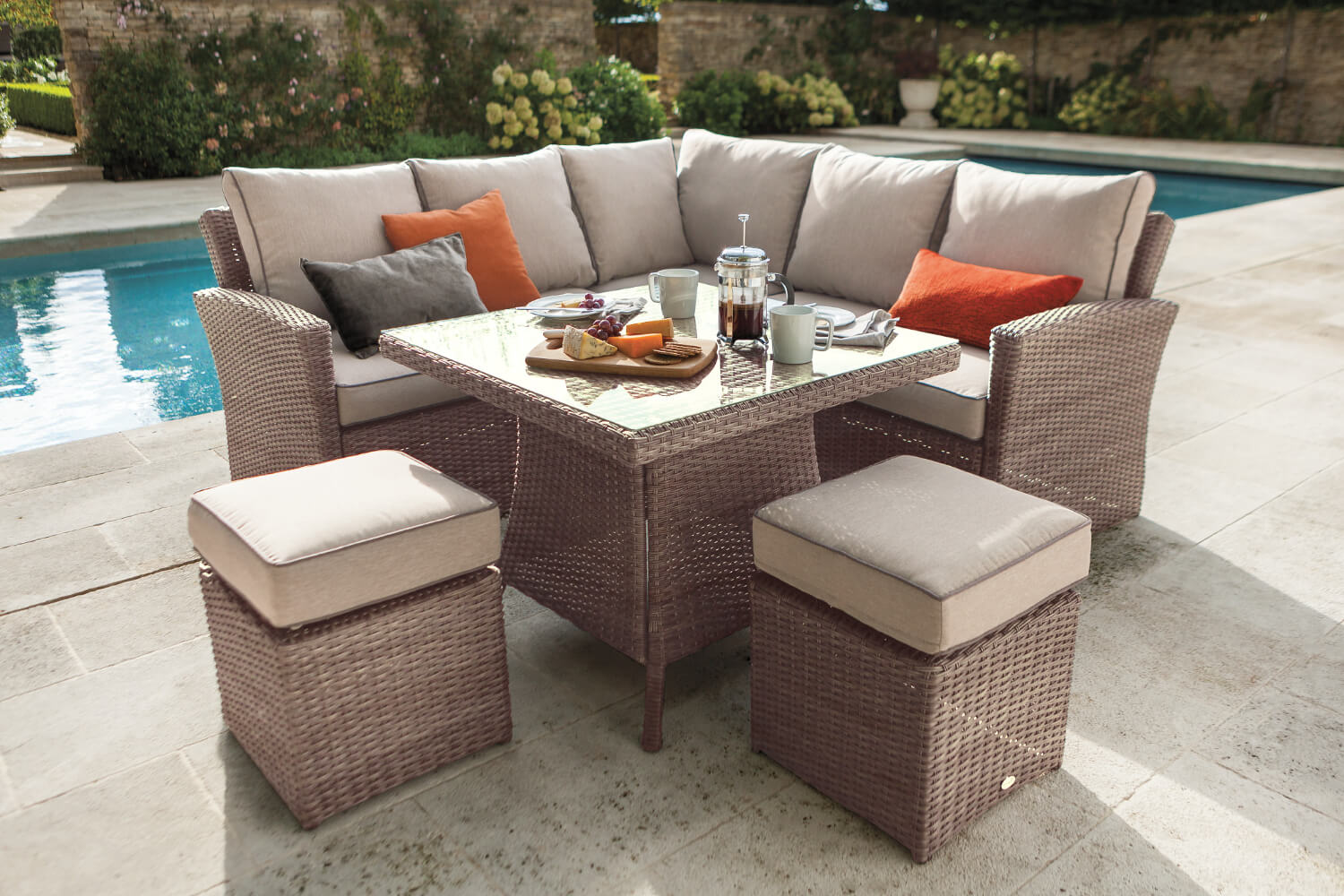 Hartman Madison Square Casual Dining Set In Bark Sand
