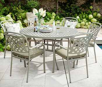 Image of 2019 Hartman Berkeley 6 Seat Round Dining Set in Maize / Wheatgrass - NO PARASOL