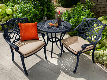 Image of Hartman Capri Bistro Set in Bronze/Amber