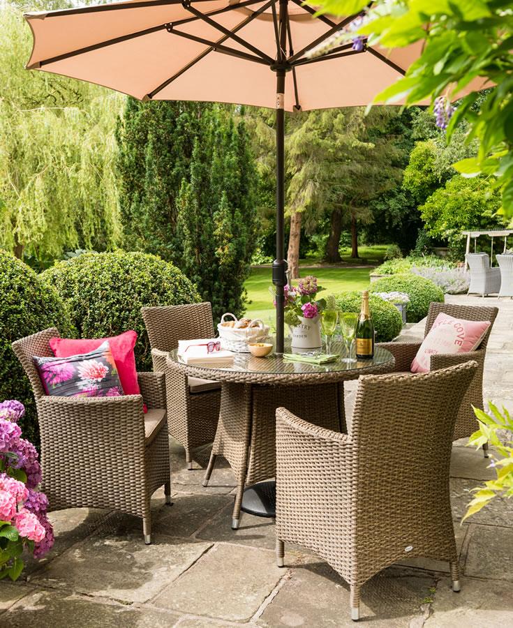 Hartman Madison 4 Seater Round Rattan Garden Dining Set