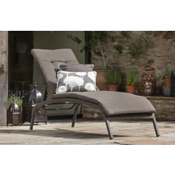 Small Image of Bentley Lounger with Cushion