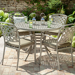 Small Image of Hartman Berkeley 4 Seat Round Dining Set in Maize / Wheatgrass - NO PARASOL