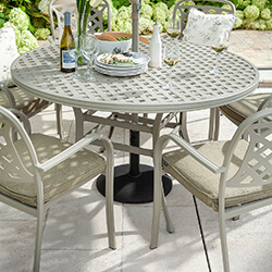 Extra image of 2019 Hartman Berkeley 6 Seat Round Dining Set in Maize / Wheatgrass - NO PARASOL