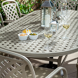 Extra image of Hartman Berkeley 8 Seat Oval Dining Set in Maize / Wheatgrass
