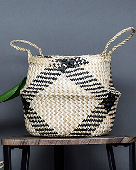 Image of Seagrass Diamond Black 35cm Medium Lined Basket Planter