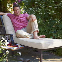 Small Image of Jamie Oliver Lounger - Classic Bronze / Biscuit