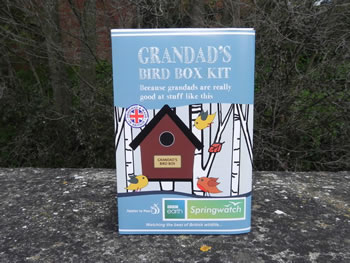 Image of Apples to Pears Springwatch Grandad's Bird Box Kit Gift Blue