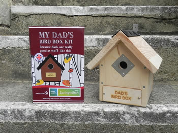 Image of Apples to Pears Springwatch Dad's Bird Box Kit Gift Blue Tits, Sparrows, Robins