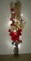 Small Image of Red, Cream & Gold Bouquet