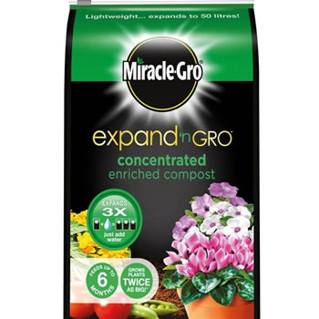 Image of Miracle-Gro Expand 'n' Gro Concentrated Enriched Compost 18 Litres (expands to 50 Litres)