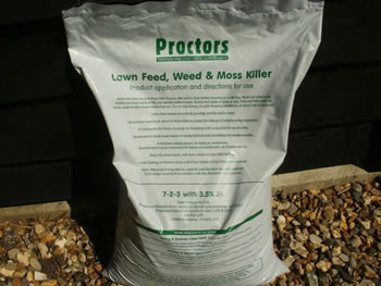 Image of 20kg sack of Proctors Lawn feed, weed and moss killer -