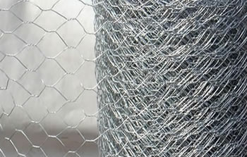 Image of 1.8m tall x 50m roll of extra strong heavy duty chicken wire mesh