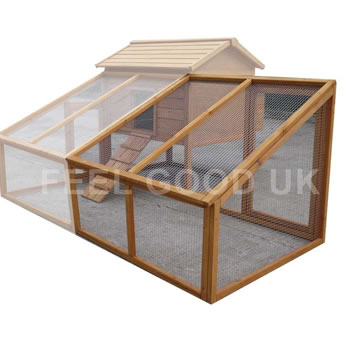 Image of Natural Chicken Run Fits Windsor M or L Models