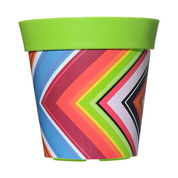 Image of Single 22cm Green Zigzag Plastic Garden Planter 5L Flowerpot by Hum