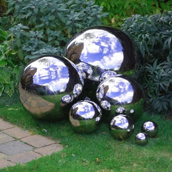 Extra image of Stainless Steel Mirror Sphere Garden Feature Ornament 13cm