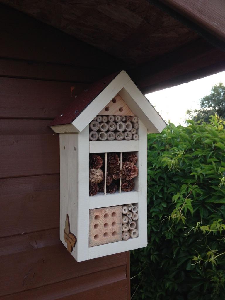 Handmade Hanging Bug Box 163 29 99 Garden4less Uk Shop