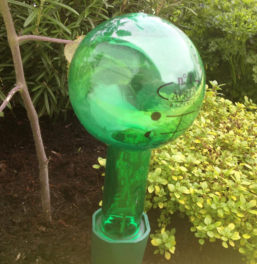 Aqua Balance Watering Spike With 220ml Bottle Watering