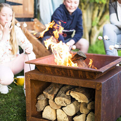 Small Image of La Hacienda Ruga Oxidised Steel Firepit with Stand