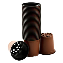 Small Image of Nutley's 9cm Round Plastic Plant Pots (Pack of 750)