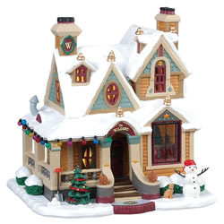 Small Image of Lemax Christmas Village - Wilson Residence - Battery Operated (85330)