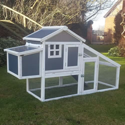 Hybrid Plastic & Wood - Chicken Coop and Run
