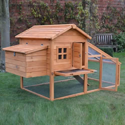 Small Image of Windsor L Chicken Coop & Run