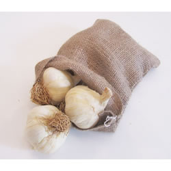 Small Image of 3 Small Hessian Garlic Bags Sacks 14cm x 20cm
