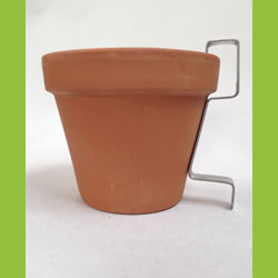 Small Image of 3 x Nutley's Terracotta Plant Pots with Hanging Wall Bracket