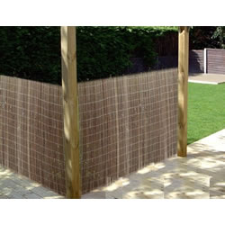 Small Image of 2m tall x 3m long willow screening fence - for gardens, balconies, screen