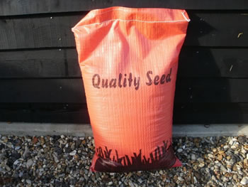 Image of 5kg Sack of 'Sprogs and dogs' Ultra hardwearing Lawn Grass Seed - 150 sqm
