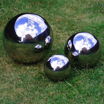 Extra image of Set of Three Stainless Steel Mirror Sphere Ornaments 9, 13 & 18cm
