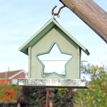 Image of Garden Bird Feeder For Seed or Nuts With Star Shaped Apple Holder In Green Finish