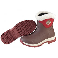 Small Image of Muck Boot - Arctic Apres Slip-On - Maroon