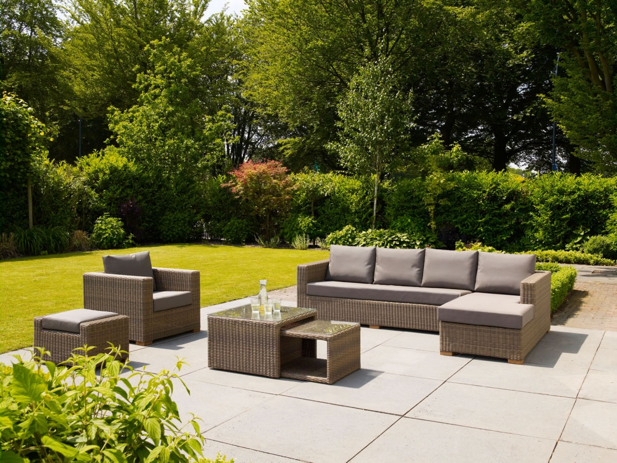 Moray Garden Chaise Lounge Sofa Furniture Set £2500