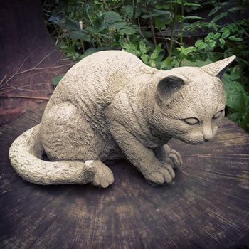 Image of Cat Crouching Stone Ornament